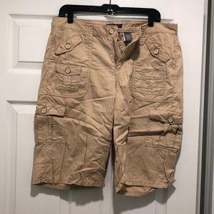 Apt 9 khaki Bermuda shorts